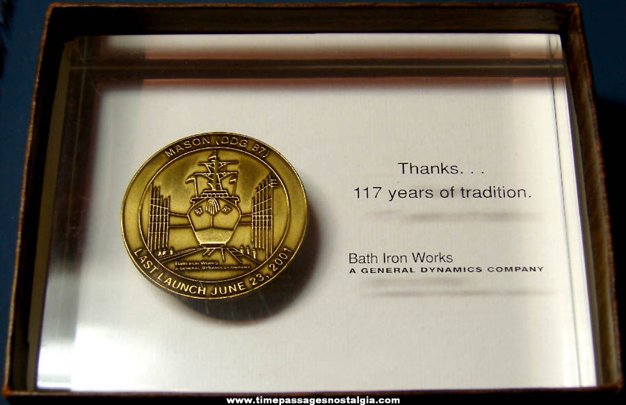 Boxed ©2001 United States Navy U.S.S. Mason DDG-87 Bath Iron Works Award With Medal