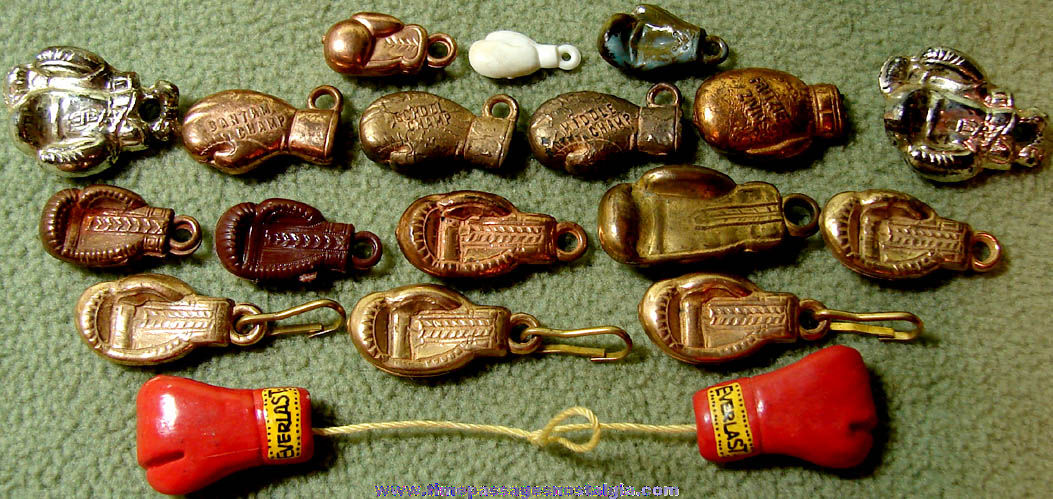 (19) Old Gum Ball Machine Prize Miniature Boxing Glove Sports Charms