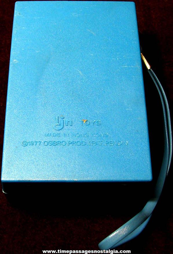 ©1977 Donny & Marie Osmond Pocket AM Transistor Radio with Strap