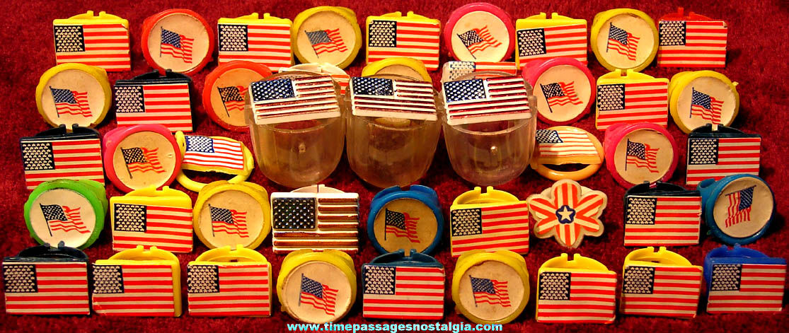(45) Old Unused Gum Ball Machine Prize American Flag Colored Plastic Toy Rings
