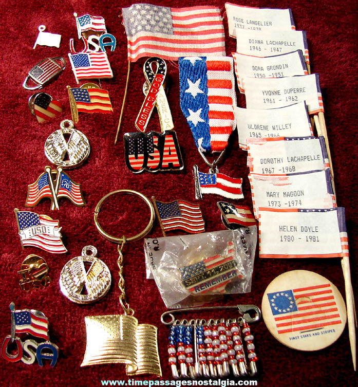 (30) Small Patriotic American Flag Related Items