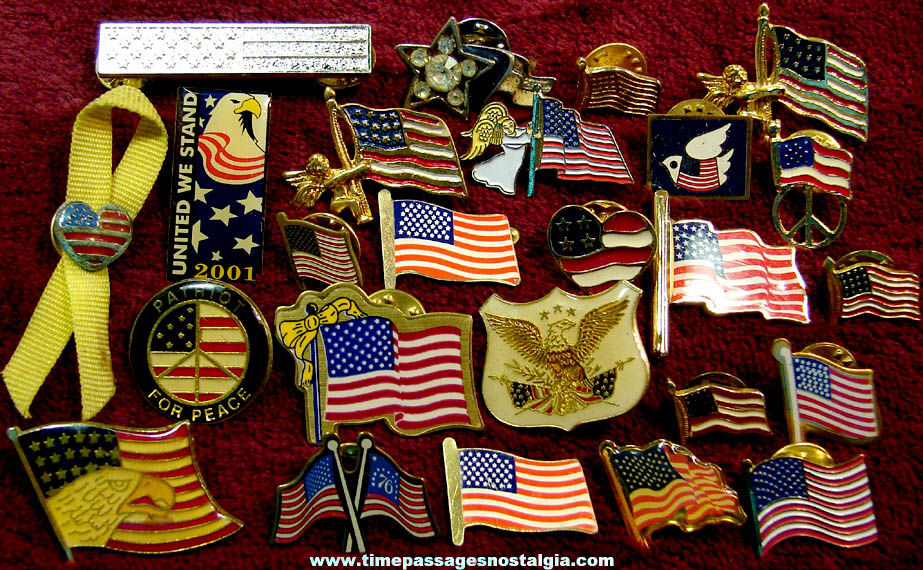 (25) Small Patriotic American Flag Related Pins