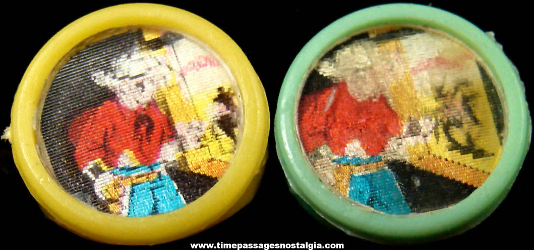 (2) Old Western Cowboy Gum Ball Machine Prize Flicker or Lenticular Toy Rings