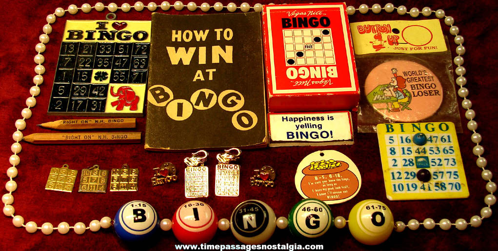 (17) Small Colorful Old Bingo Game Related Items