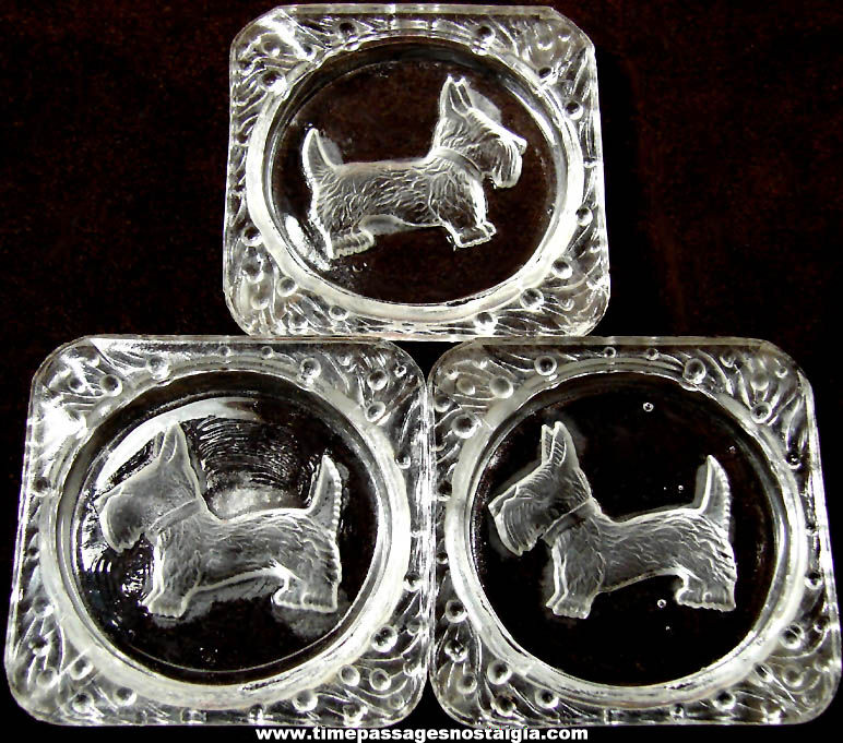 (3) Matching Old Scottish Terrier or Scottie Dog Clear Glass Cigarette Ash Trays