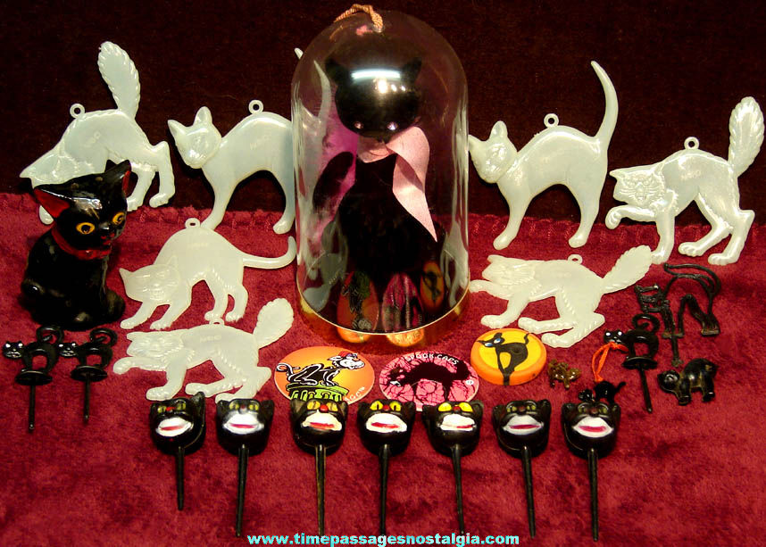 (26) Small Black Cat or Halloween Holiday Decoration Items