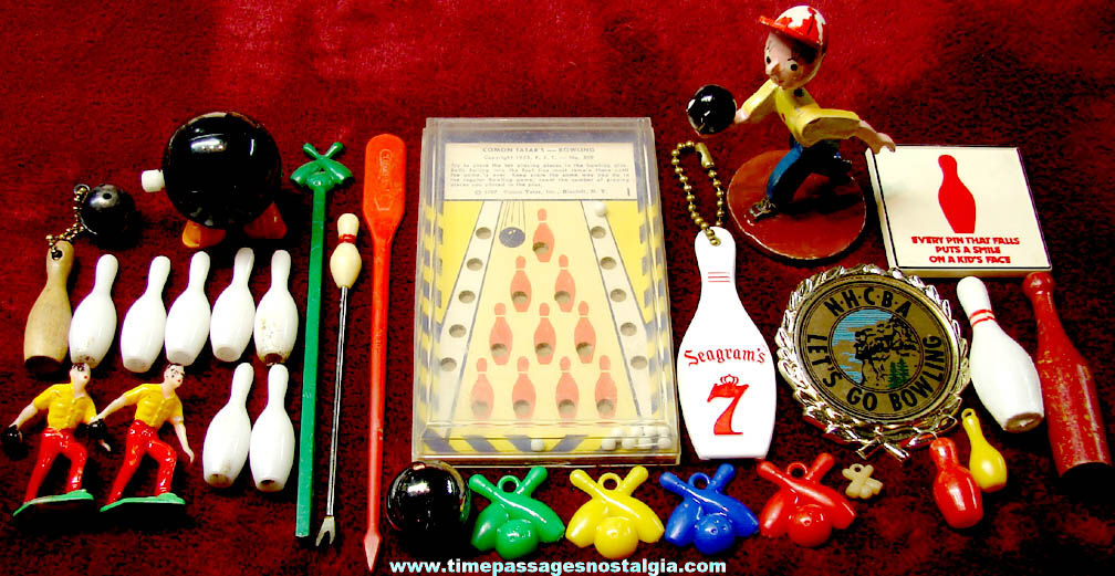 (30) Small Old Bowling Sports Related Items