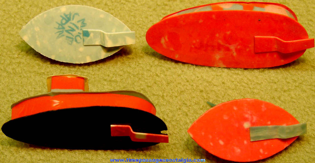 (4) Different Old Cracker Jack Pop Corn Confection Celluloid Toy Prize Magic Boats
