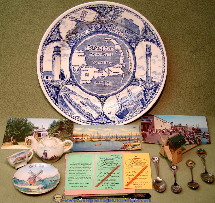 (29) Small Old Cape Cod Massachusetts Advertising and Souvenir Items