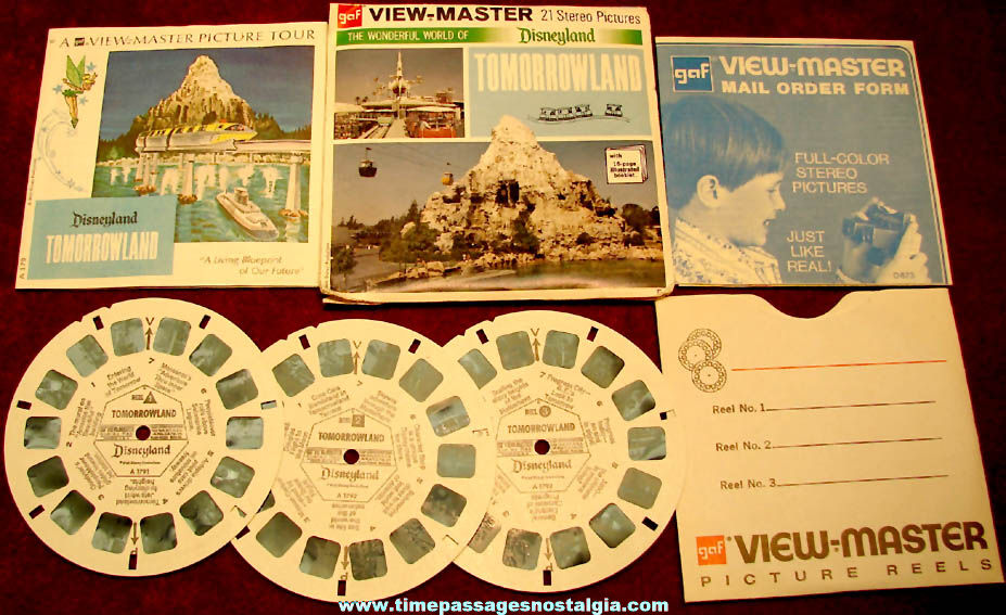Old Walt Disney Disneyland Tomorrowland Theme Park View Master Packet