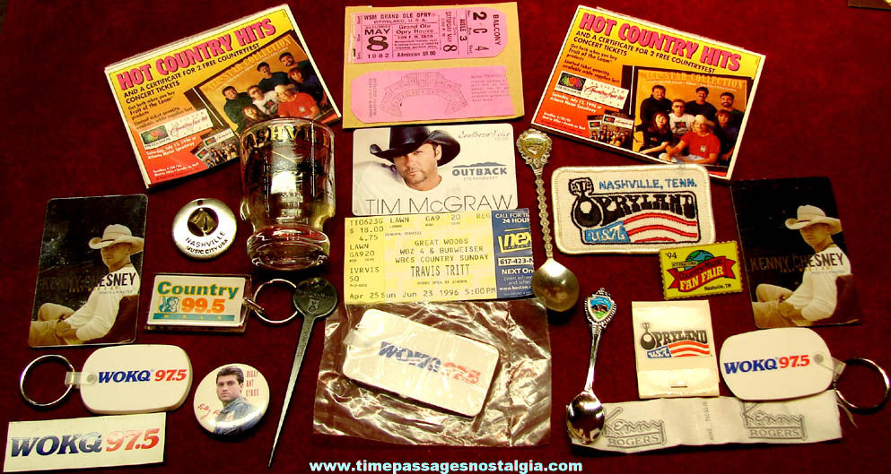 (79) Small Country & Western Music & Nashville Tennessee Related Advertising & Souvenir Items