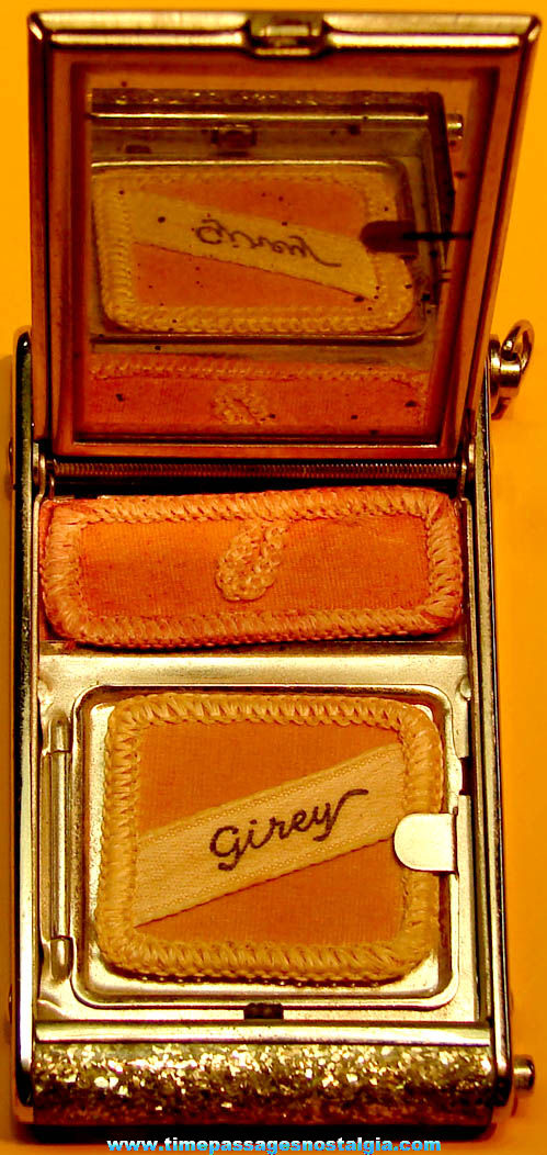 Old United States U.S. Army Air Corps Pilot Wings Sweetheart Girey Glitter Make Up Mirror Compact