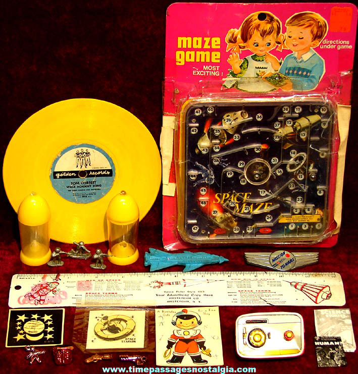 (20) Colorful Old Space and Space Travel Related Toy Items