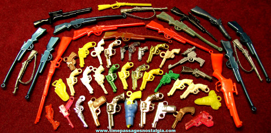 (51) Small Colorful Old Premium & Prize Miniature Plastic Toy Rifle & Hand Guns