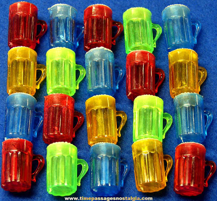 (20) Colorful Old Gum Ball Machine Prize Miniature Drink Mug Toy Charms