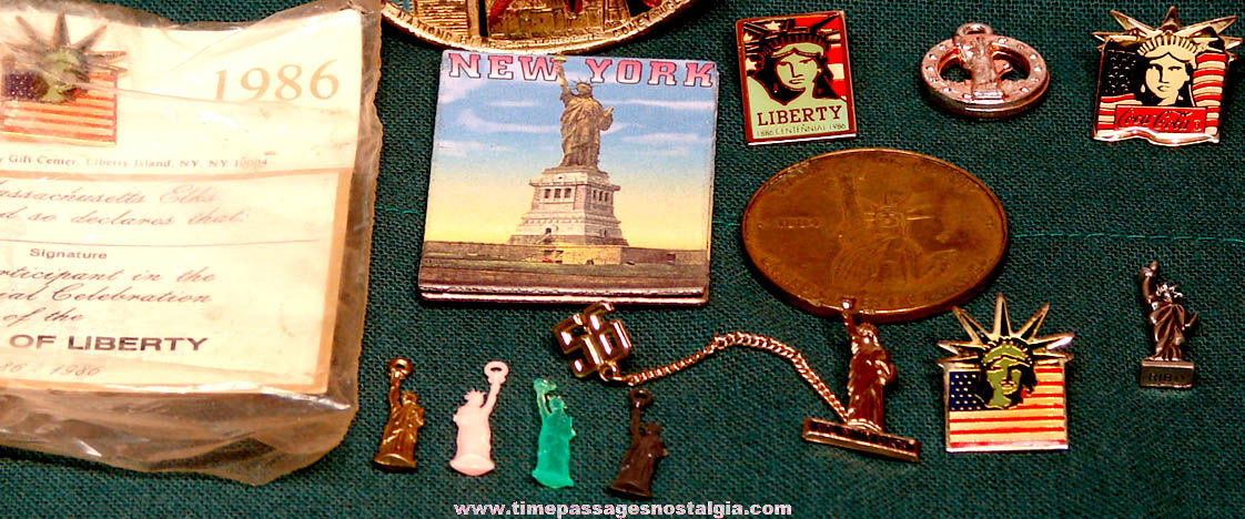 (24) Small Old Statue of Liberty Advertising and Souvenir Items