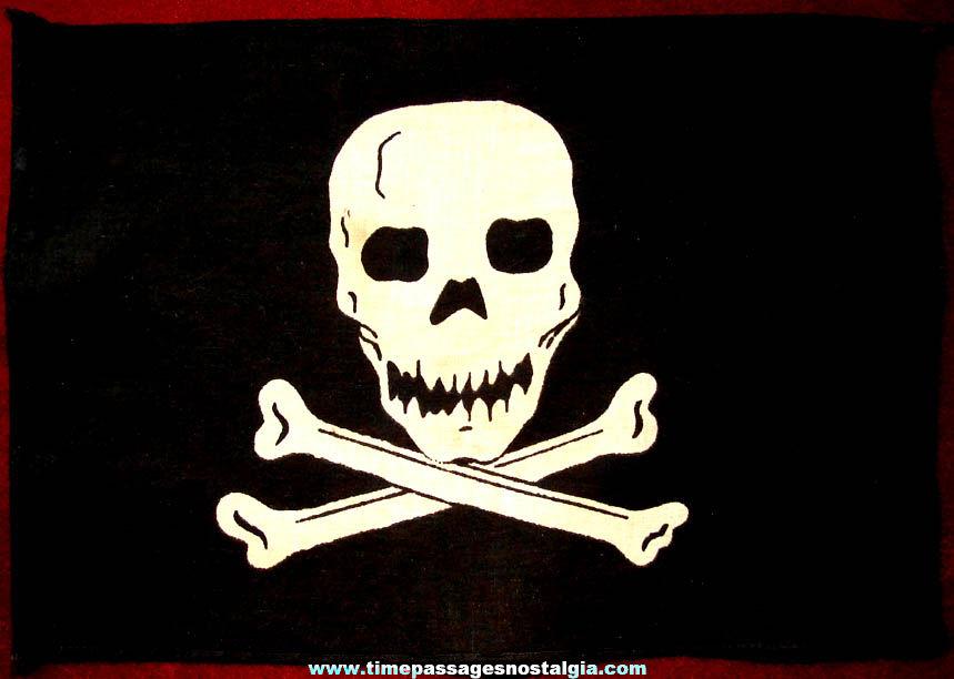 Small Jolly Roger Skull & Crossed Bones Pirate Cloth Flag