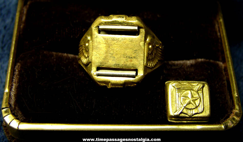 1942 Captain Midnight Character Ovaltine Advertising Premium Secret Compartment Toy Ring