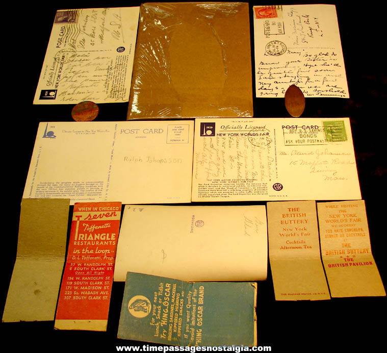 (13) Different Small 1939 – 1940 New York World's Fair Advertising and Souvenir Items
