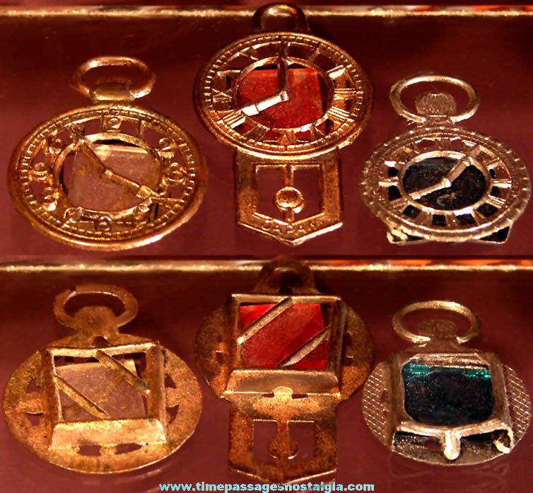 (3) Different Scarce Cracker Jack Pop Corn Confection Miniature Pot Metal Toy Prize Pocket Watches & Clock