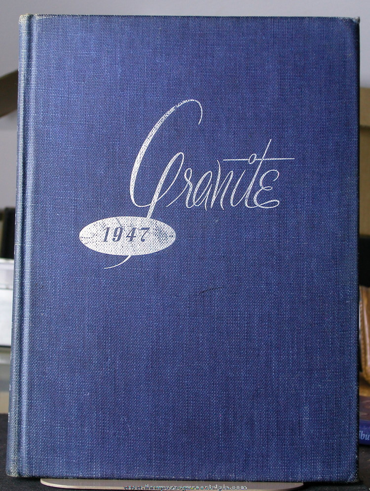 1947 University of New Hampshire Yearbook (Granite)